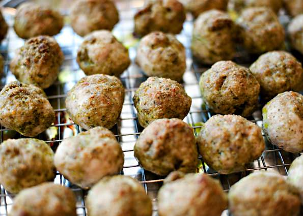 Turkey Pesto Meatballs With Homemade Tomato Sauce Recipe ...