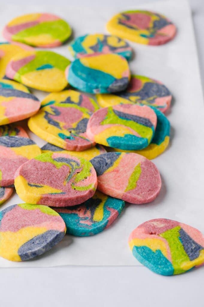 tie dye cookies on a countertop