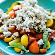 tomato basil blue cheese salad