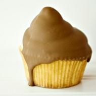 peanut butter hi hats cupcakes