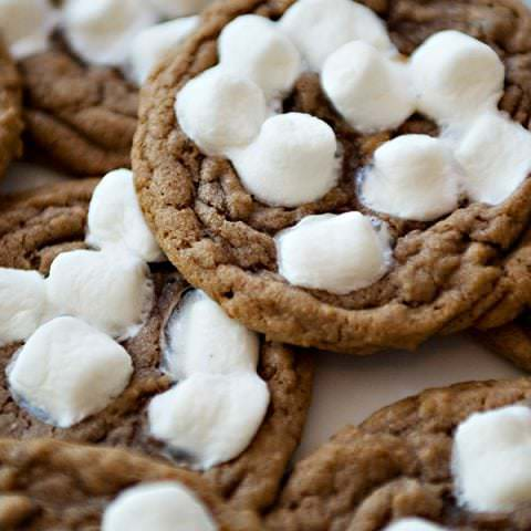 Hot Chocolate Cookie with Marshmallows