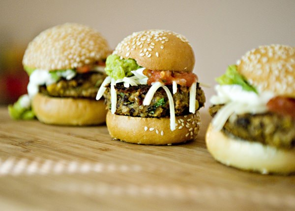 Recipe: Black bean sliders