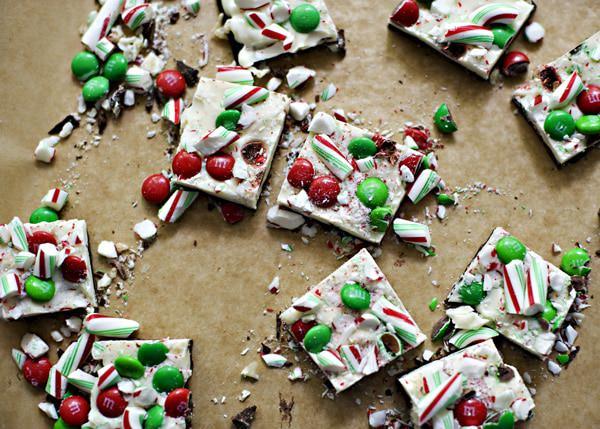 Christmas Bark.Christmas Chocolate Bark Baked Bree