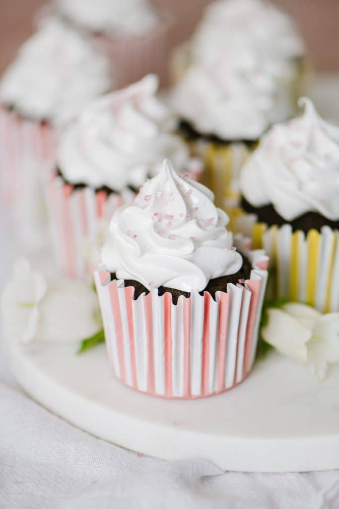 chocolate cupcakes with italian meringue boiled icing