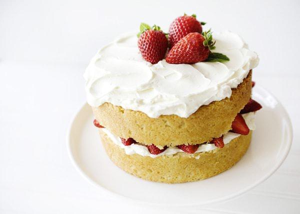 white chocolate strawberry cake recipe