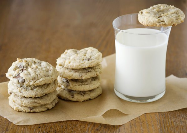 Heath Bar Cookies - Baked Bree