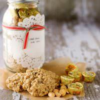 Oatmeal Peanut Butter Cup Jar Cookies