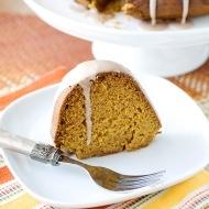 pumpkin pound cake with cinnamon glaze