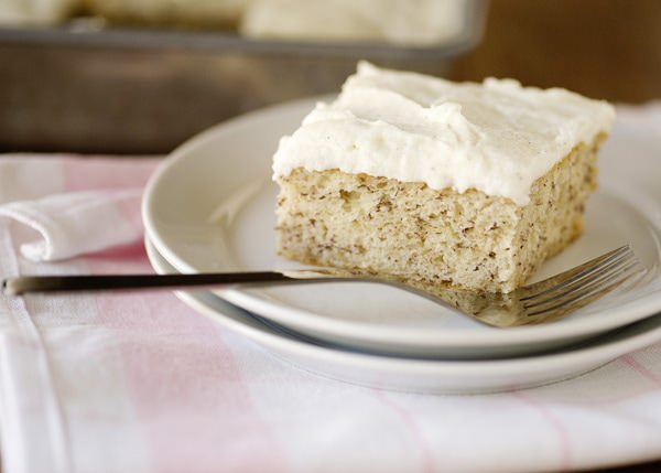 banana cake with vanilla bean frosting recipe