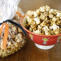 Caramel Corn [Week 2 of 12 Weeks of Christmas 2011]