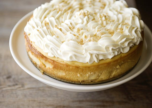 this maple cheesecake is a nice departure from the pumpkin cheesecake ...