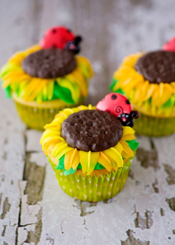 Recipe: Sunflower cupcakes