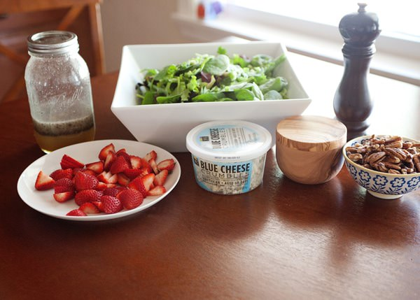 strawberry salad with honey poppy seed dressing recipe