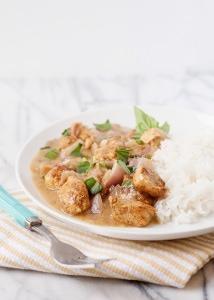 basil chicken in coconut sauce recipe