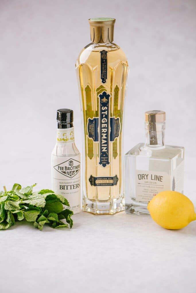 ingredients for elderflower smash cocktail