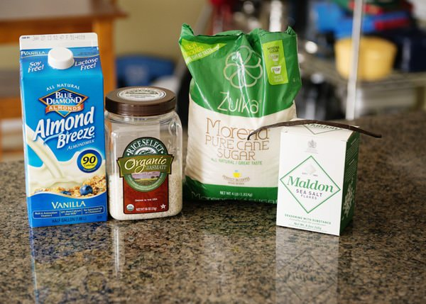 ingredients to make almond milk rice pudding