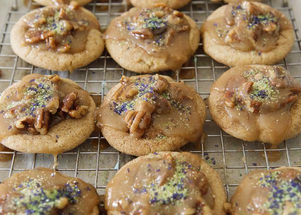 king cake cookies with pecan praline recipe