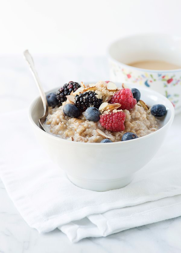 Recipe: Almond milk slow cooker vanilla spiced oatmeal