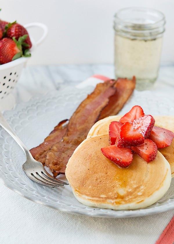 Vanilla Yogurt Pancakes with Vanilla Bean Syrup