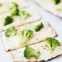 White Broccoli Pizza