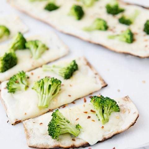 White Broccoli Pizza