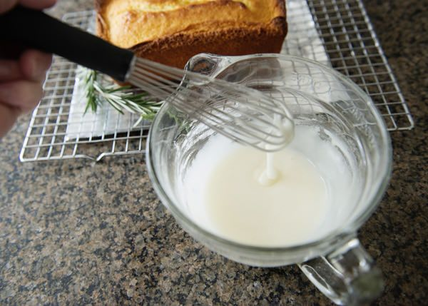 lemon rosemary yogurt cake recipe
