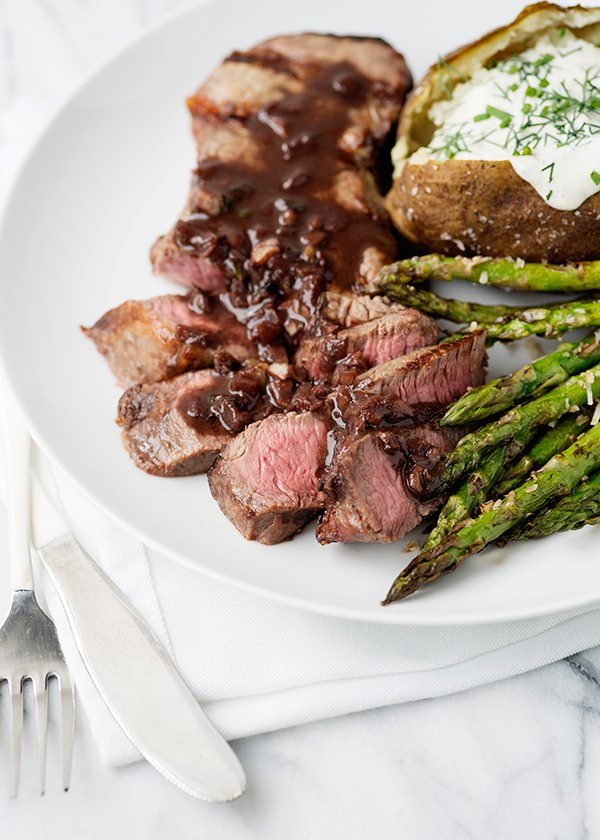 red wine steaks recipe