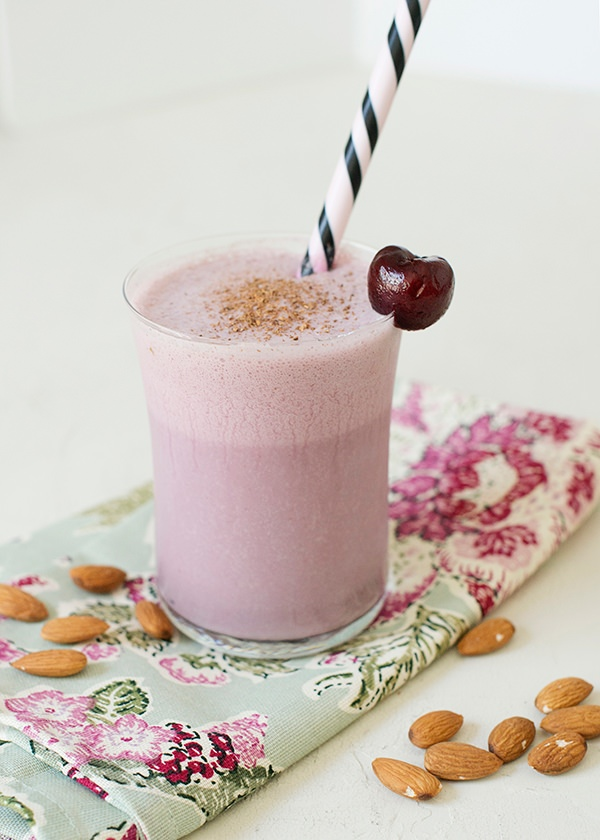 cherry almond smoothie recipe
