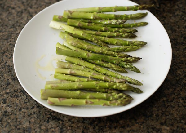 how to grill asparagus