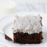 Cookies and Cream Snack Cake
