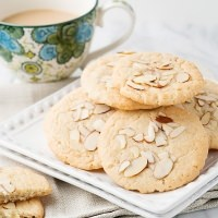 almond cafe cookie recipe