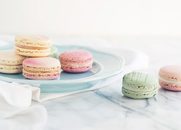 pastel macarons picture