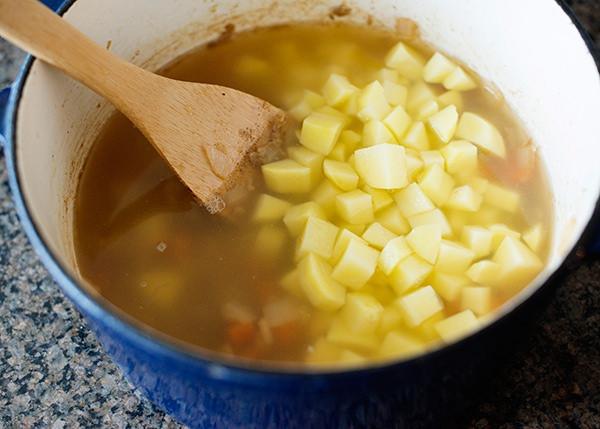 corn and cheddar chowder recipe