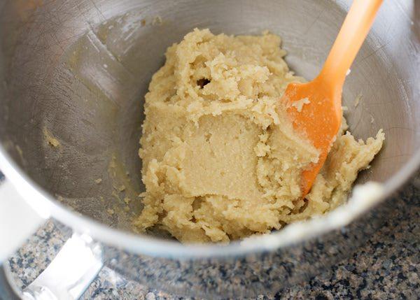 bread machine almond breakfast rolls recipe