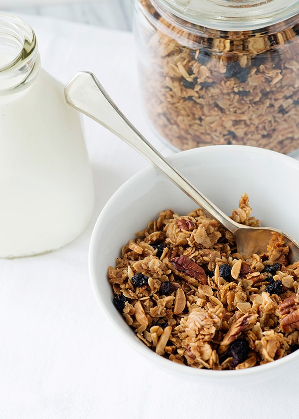 Blueberry Pecan Granola Recipe