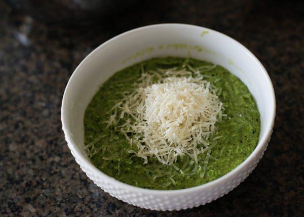 how to make pesto pea puree