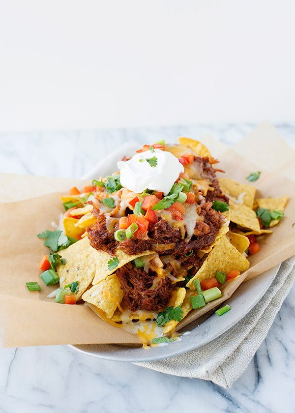 Slow Cooker Shredded BBQ Chicken Nachos