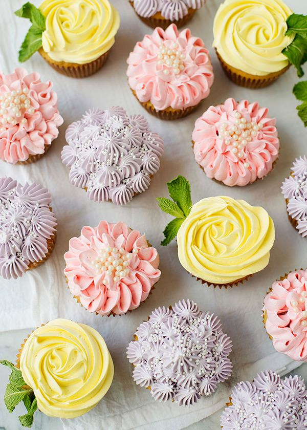 Flower Cupcakes Roses Zinnias And Hydrangeas Baked Bree