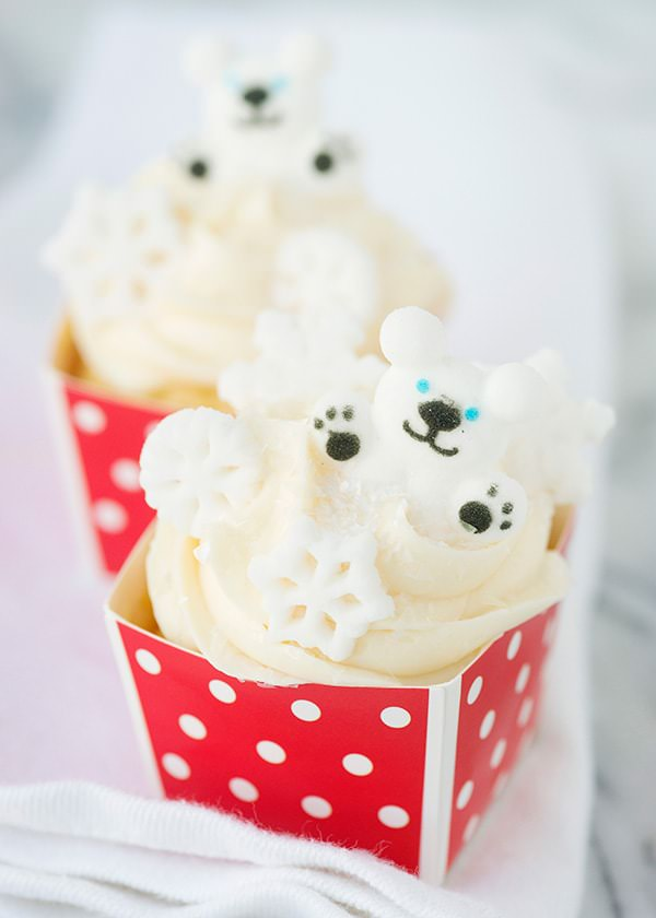 polar bear fun cupcakes