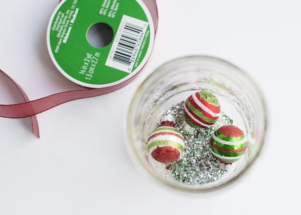 DIY Gift Card Snow Globe