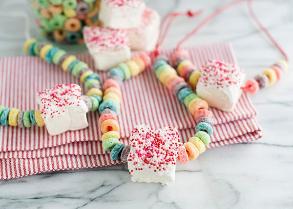 marshmallow candy necklace