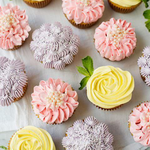 Flower Cupcakes - Roses, Zinnias, and Hydrangeas