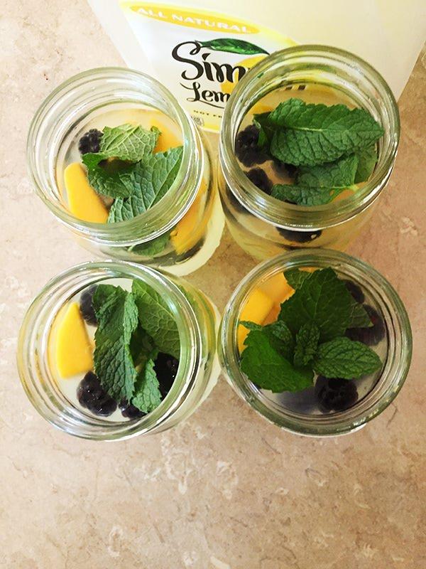 mango blackberry mint lemonade recipe
