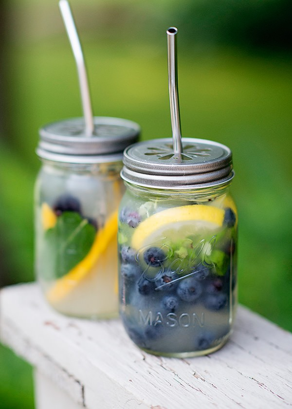 Mason Jar Beach Cocktails