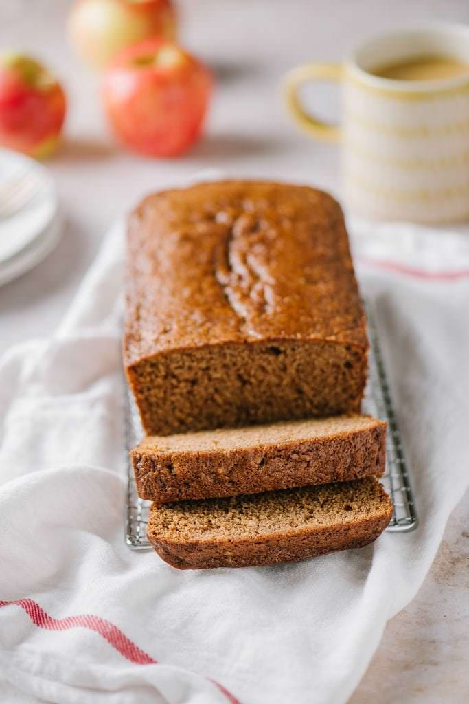 applesauce spice bread in slices