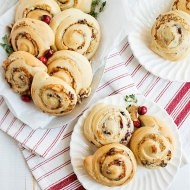Cranberry Walnut Blue Cheese Pinwheels