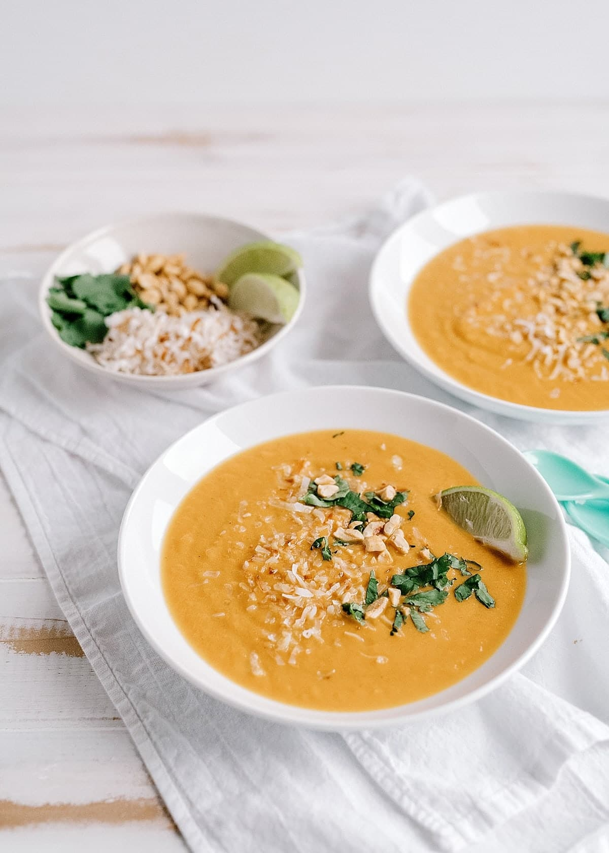 Instant Pot Carrot Curry Soup
