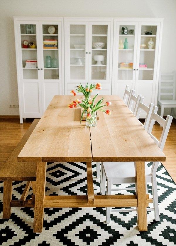 7 Ways to Make White Walls Feel Like A Home