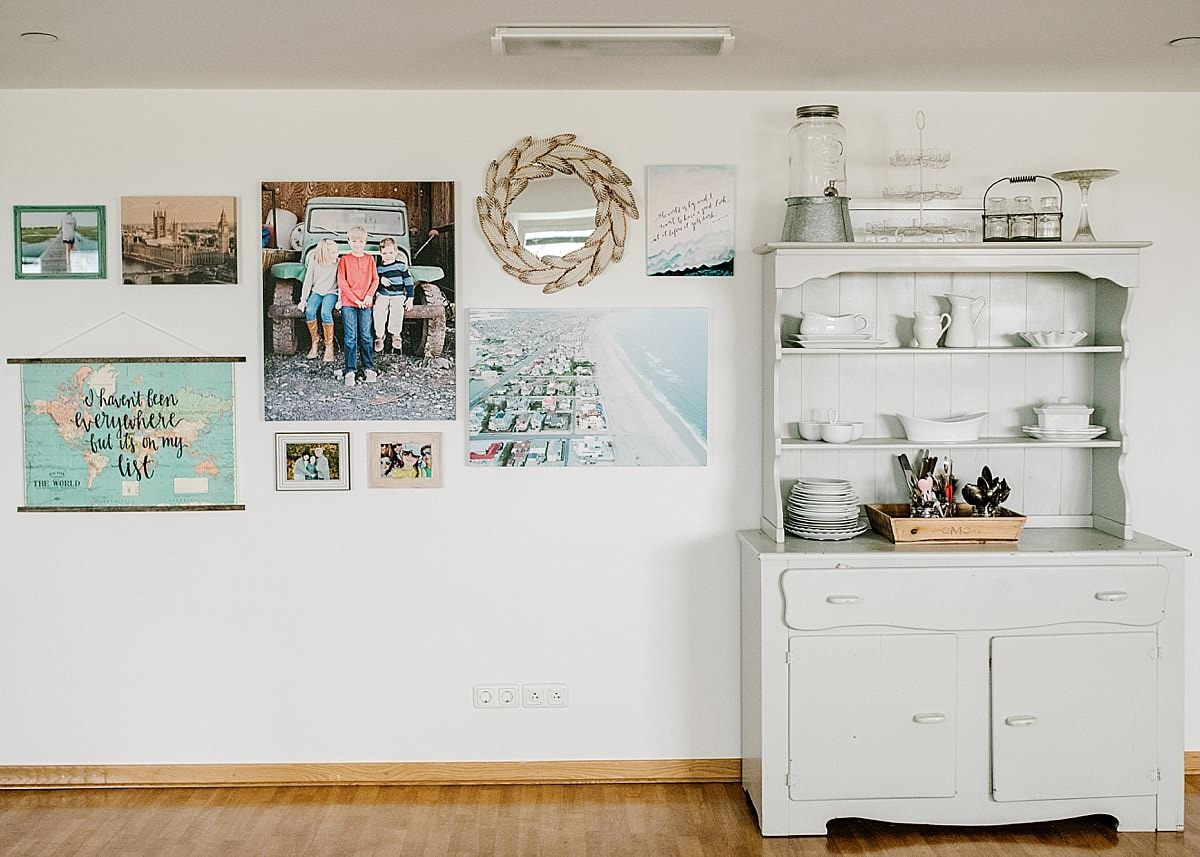 7 Ways to Make White Walls Feel Like A Home