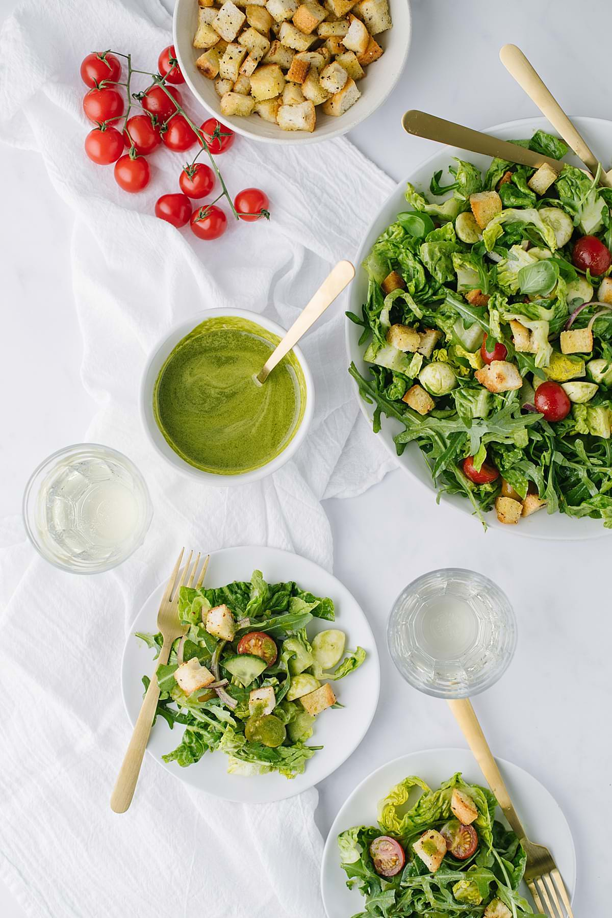 Arugula Caprese Salad with Lemon Basil Dressing and Homemade Croutons